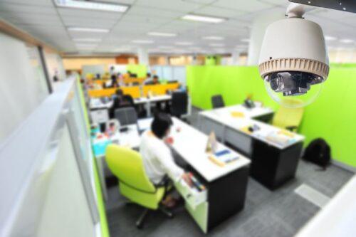 Установка видеонаблюдения в офисе как современный способ контроля сотрудников